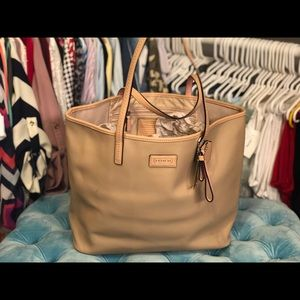 Authentic Coach Tote Color Sand and Pink